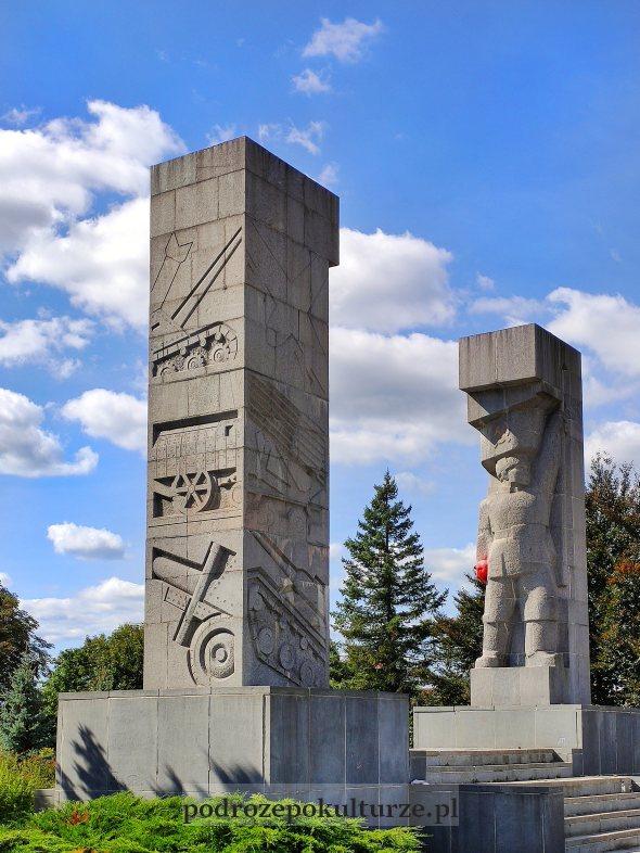 Pomnik Wyzwolenia Ziemi Warmińsko-Mazurskiej szubienice Dunikowskiego
