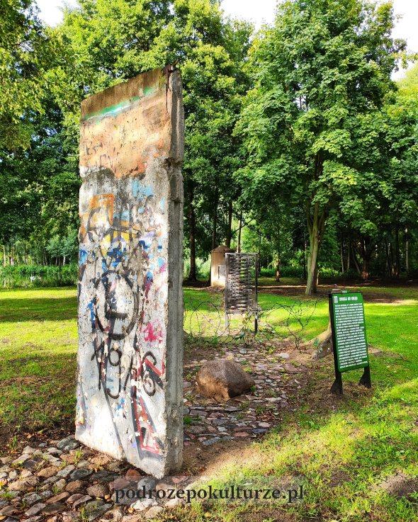 Park Drogowskazów i Słupów Milowych Cywilizacji Mur Berliński